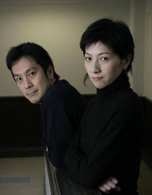 左=砂連尾理 右=寺田みさこ 撮影・清水俊洋