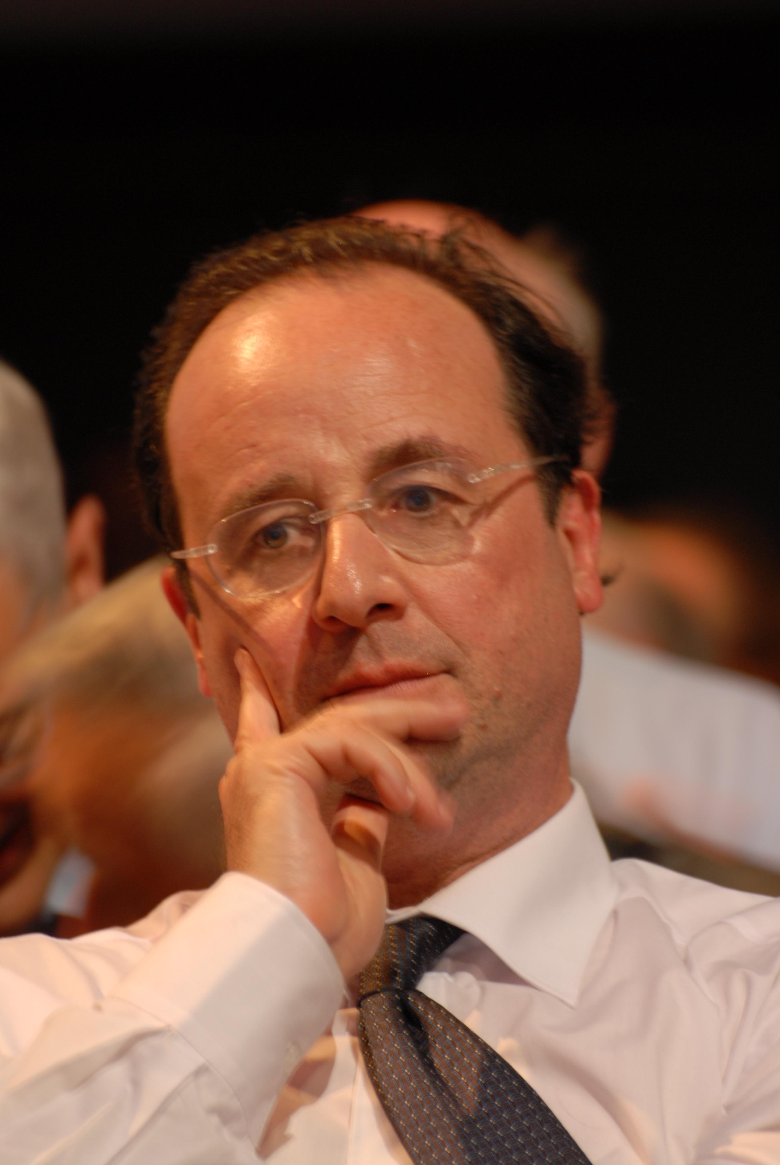 フランス社会党の党首がサルコジ...